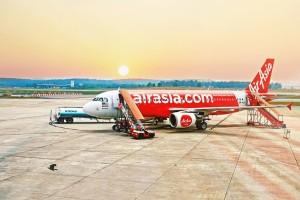 airplane-926744_1280
