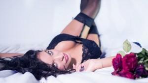 lingerie-2616801__340