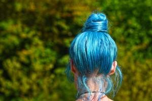blue-hair-3503011__340